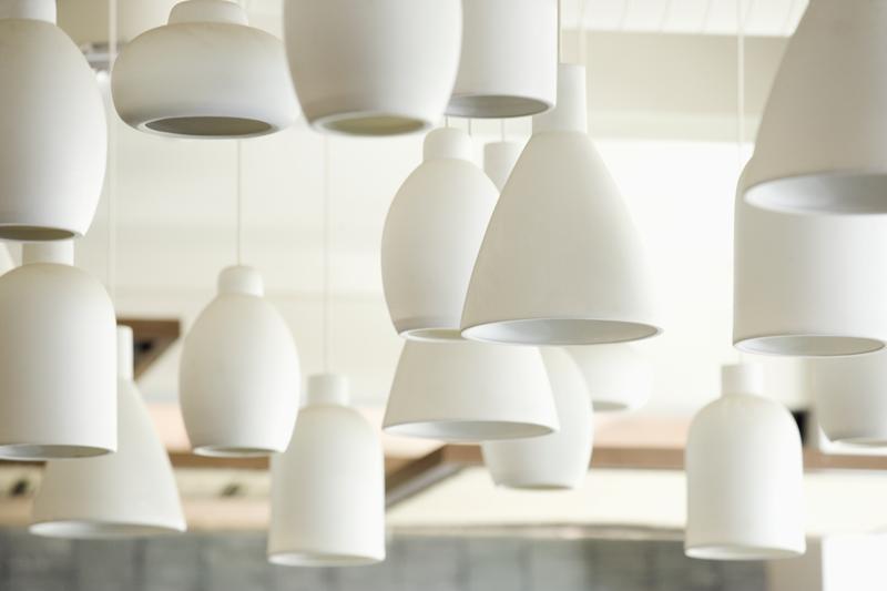 Пенделни осветителни LED полилеи